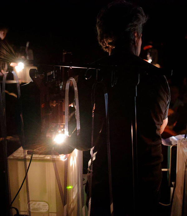 the-optical-sound-orchestra-composing-with-projectors